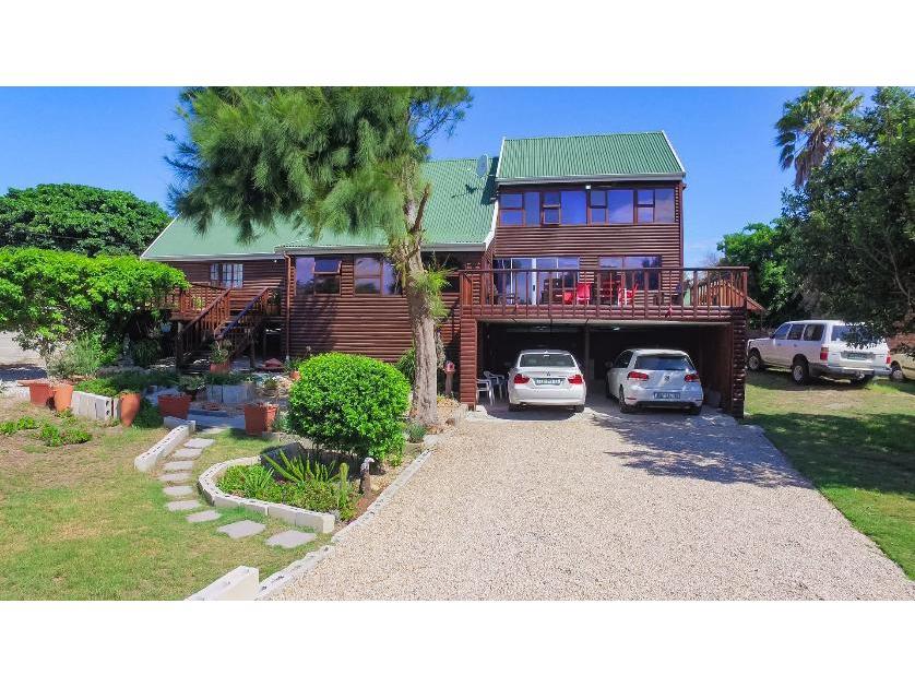 House-standar_1629947075-Port Elizaberth, Nelson Mandela Bay