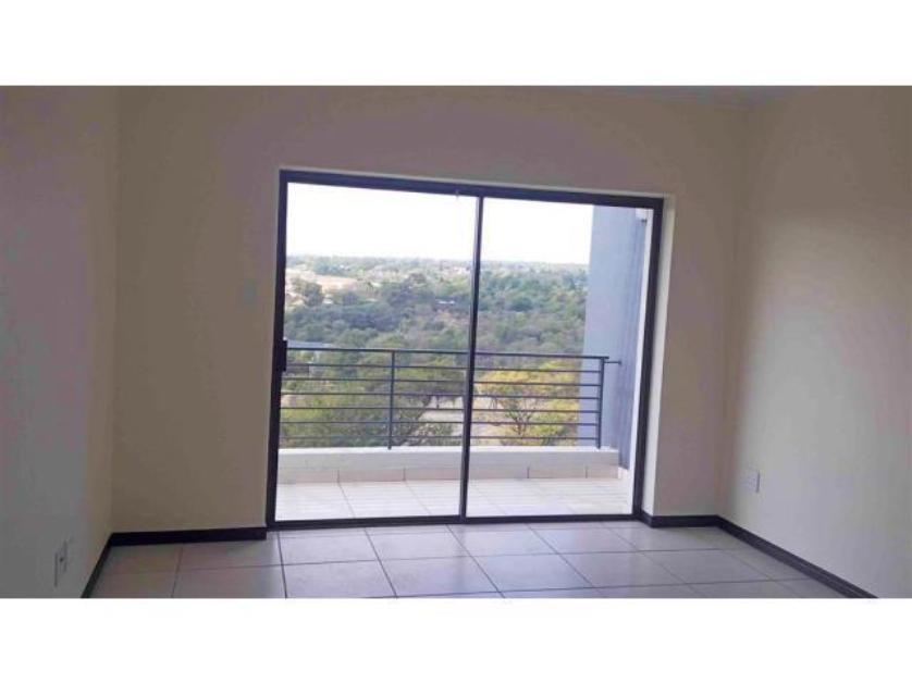 Flat-Apartment-standar_1631225356-Dainfern Golf Estate, Dainfern