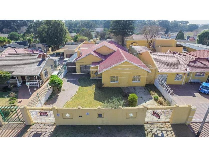 House-standar_1837279137-Robertsham, Johannesburg