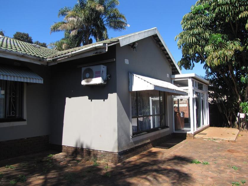 House-standar_1850724907-Amanzimtoti, eThekwini