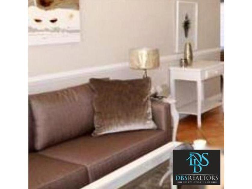 Flat-Apartment-standar_1963577991-Melrose, Johannesburg