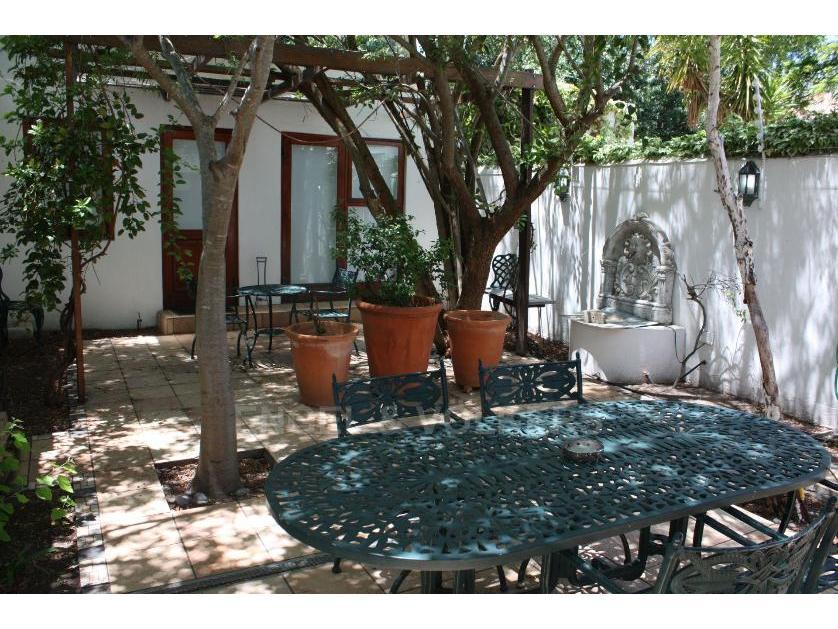 Flat-Apartment-standar_1977533509-Stellenbosch NU, Stellenbosch