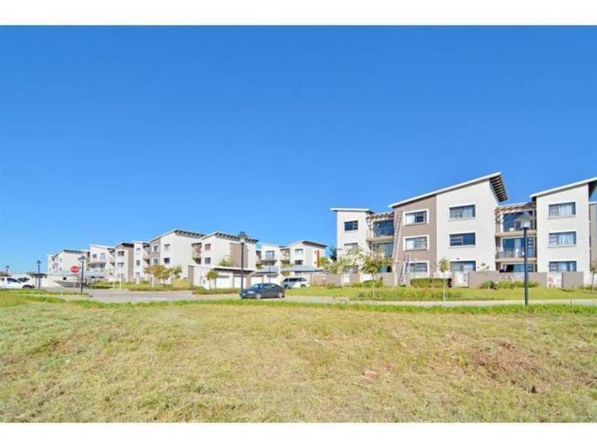 Flat-Apartment-standar_1993886196-Dainfern Golf Estate, Dainfern