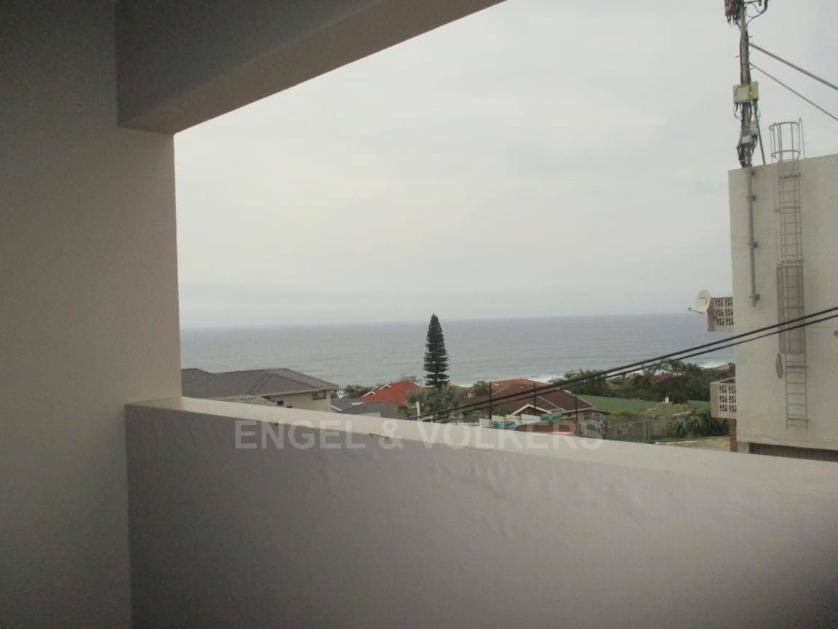 Flat-Apartment-standar_2071183400-Uvongo, Margate