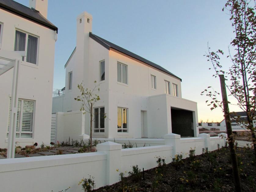 House-standar_2077490681-Stellenbosch, Stellenbosch