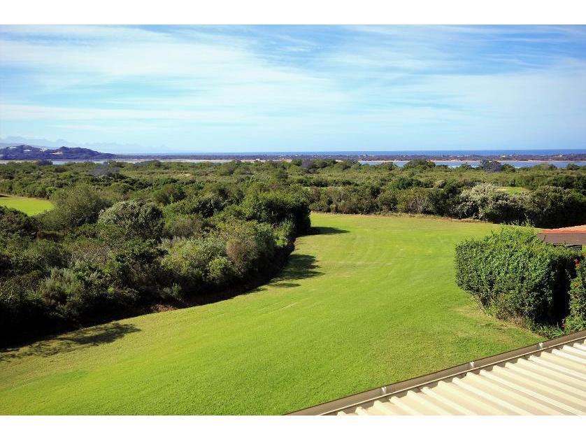 Flat-Apartment-standar_299330820-Goose Vallley Golf Estate, Plettenberg Bay