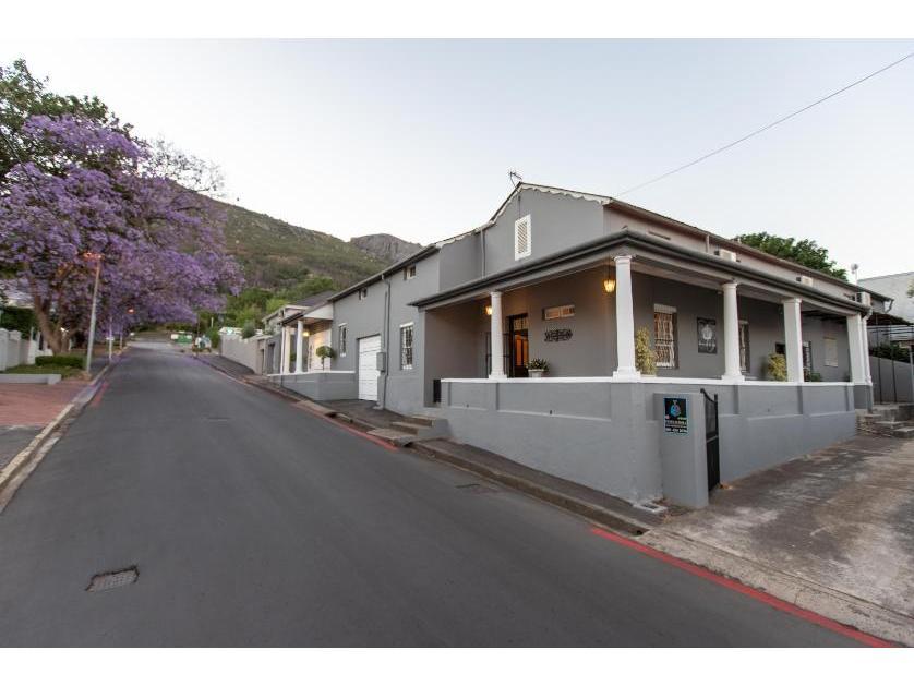 House-standar_32986840-Paarl, Drakenstein