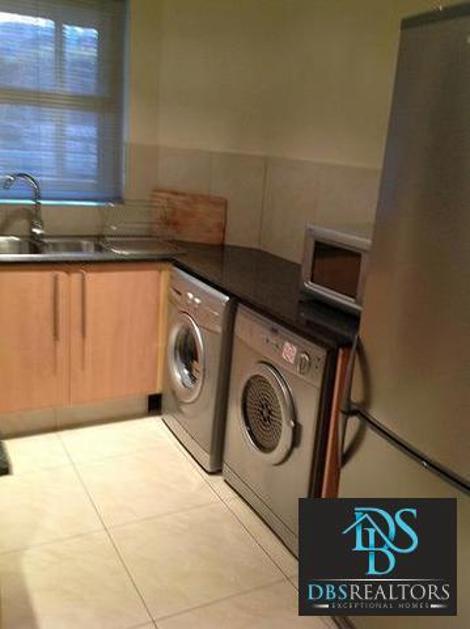 Flat-Apartment-standar_837631298-Sandton, Maruleng