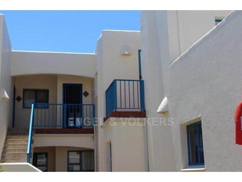 Flat-Apartment-standar_872621687-Uvongo, Margate