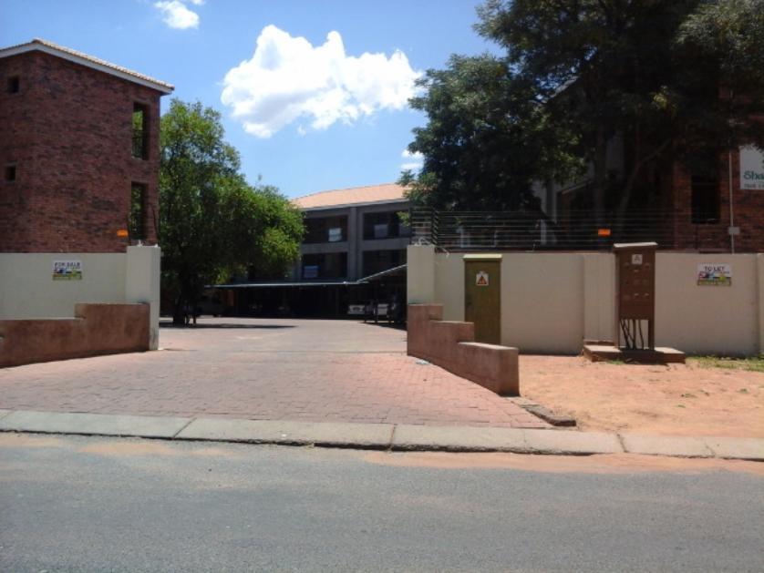 Flat-Apartment-standar_881188675-Lephalale, Lephalale
