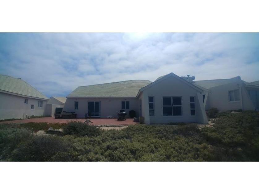 House-standar_922149032-Yzerfontein, Swartland