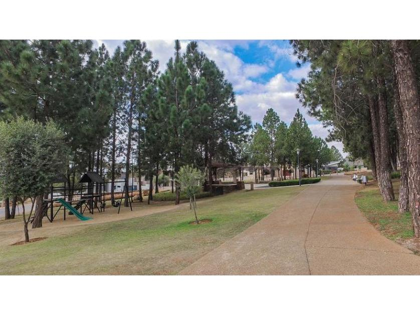 Vacant Land-standar_http://multimedia.persquare.co.za/s838x629_1060678843-Eikenhof, Johannesburg