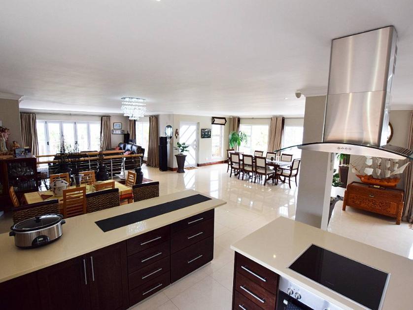 House-standar_http://multimedia.persquare.co.za/s838x629_113102453-Parow, City of Cape Town