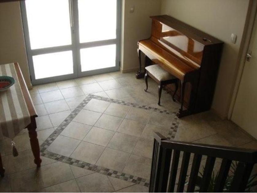 House-standar_http://multimedia.persquare.co.za/s838x629_1241352333-Langebaan, Saldanha Bay