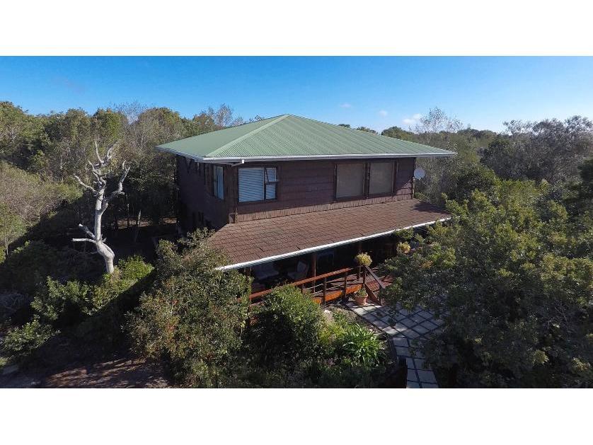 House-standar_http://multimedia.persquare.co.za/s838x629_1394915359-Plettenberg Bay, Bitou