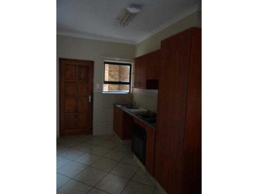 Flat-Apartment-standar_http://multimedia.persquare.co.za/s838x629_1412391774-Lephalale, Lephalale