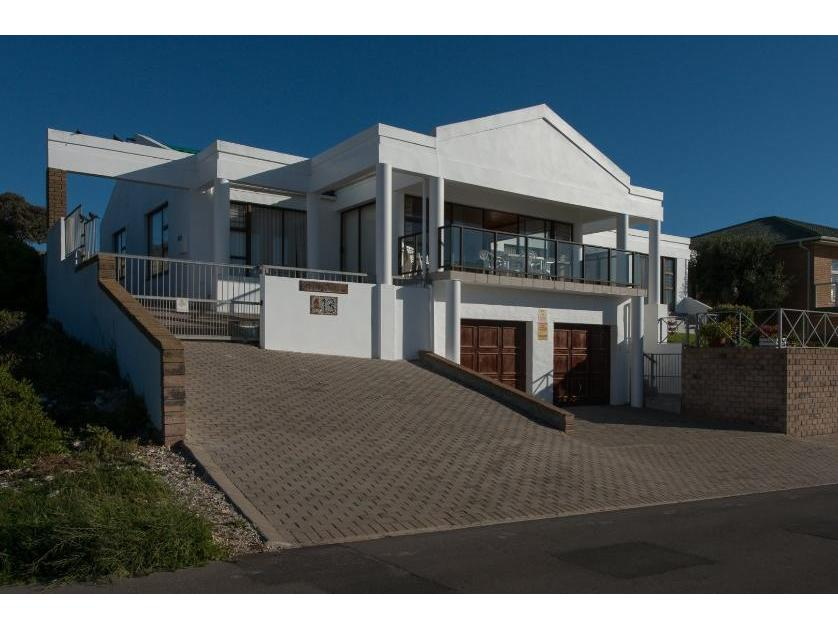 House-standar_http://multimedia.persquare.co.za/s838x629_1423750874-Yzerfontein, Swartland