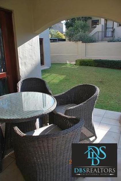 Flat-Apartment-standar_http://multimedia.persquare.co.za/s838x629_1488596197-Morningside, Sandton