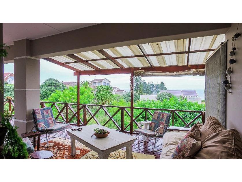 House-standar_http://multimedia.persquare.co.za/s838x629_153962014-Port Elizaberth, Nelson Mandela Bay