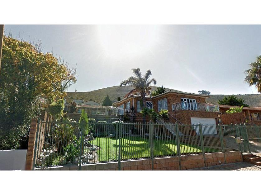 House-standar_http://multimedia.persquare.co.za/s838x629_1651796575-Parow, City of Cape Town