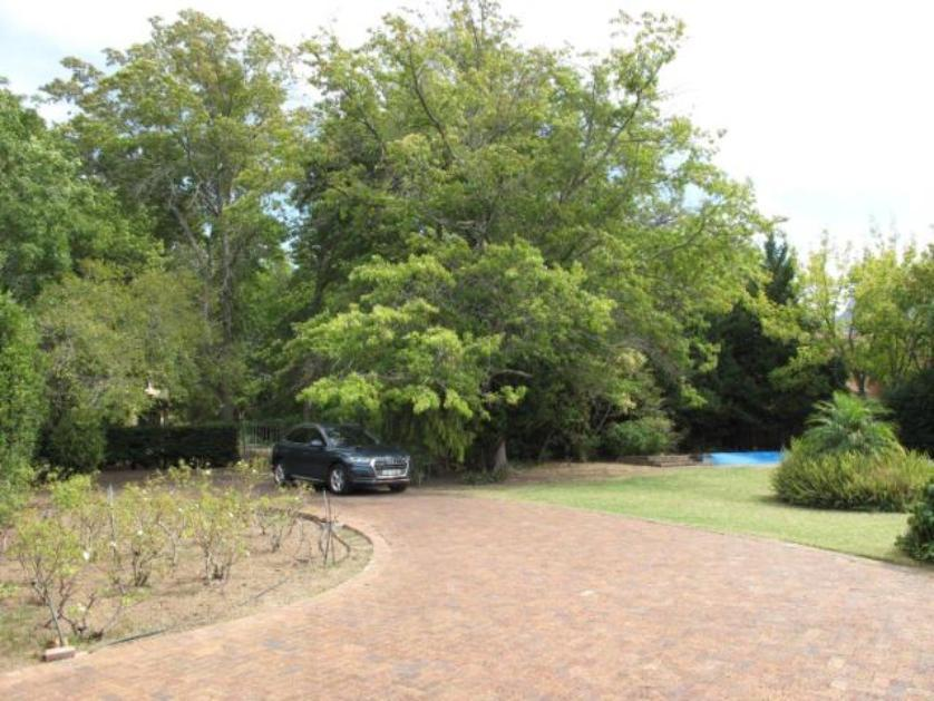 House-standar_http://multimedia.persquare.co.za/s838x629_1678795638-Parel Vallei, Somerset West