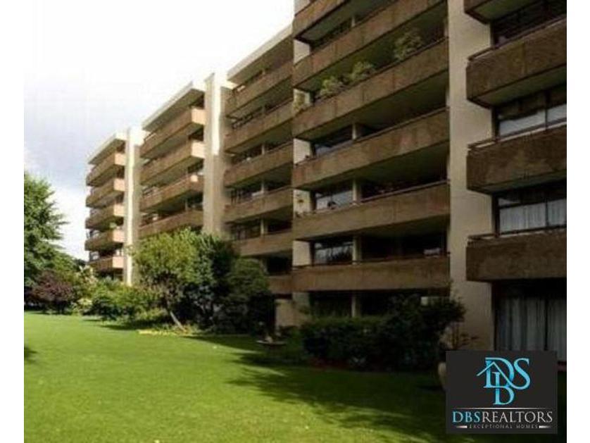 Flat-Apartment-standar_http://multimedia.persquare.co.za/s838x629_1782101580-Melrose, Johannesburg
