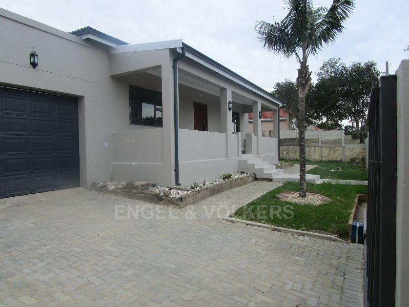 House-standar_http://multimedia.persquare.co.za/s838x629_1948591283-Baysville, East London
