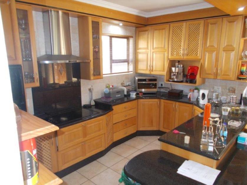 House-standar_http://multimedia.persquare.co.za/s838x629_312314839-Centurion, Ekurhuleni