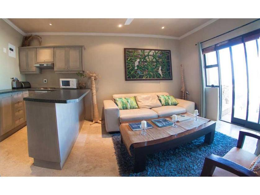 Flat-Apartment-standar_http://multimedia.persquare.co.za/s838x629_346724926-Llandudno, Hout Bay