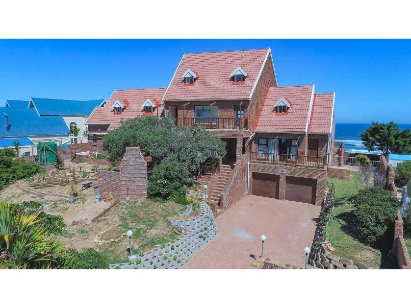 House-standar_http://multimedia.persquare.co.za/s838x629_389668254-Port Elizaberth, Nelson Mandela Bay