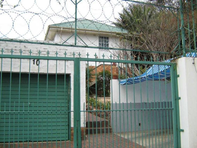 House-standar_http://multimedia.persquare.co.za/s838x629_512169107-Kensington, Johannesburg