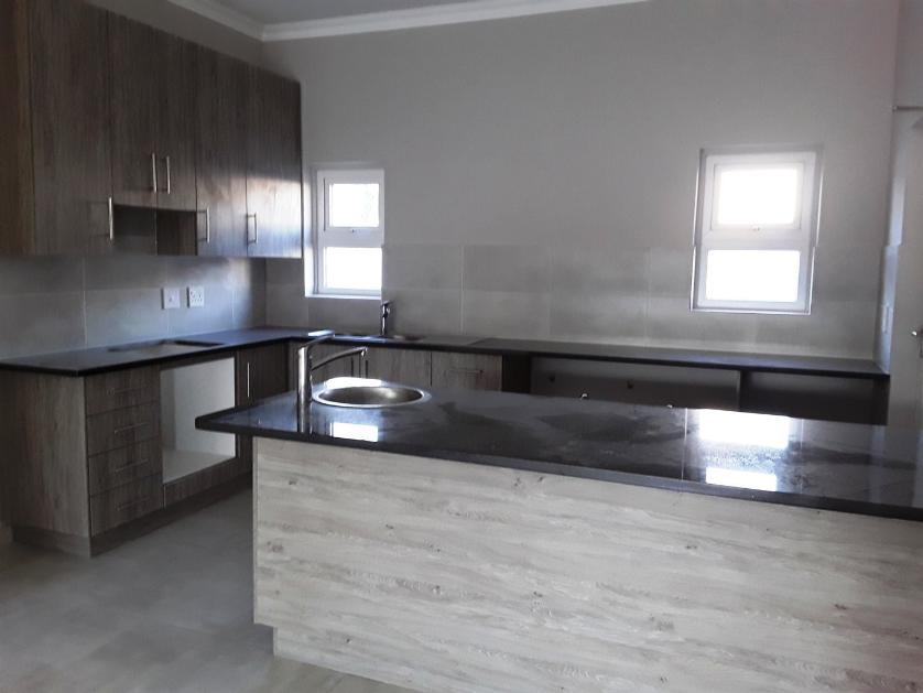 House-standar_http://multimedia.persquare.co.za/s838x629_601395139-Klein Parys, Paarl