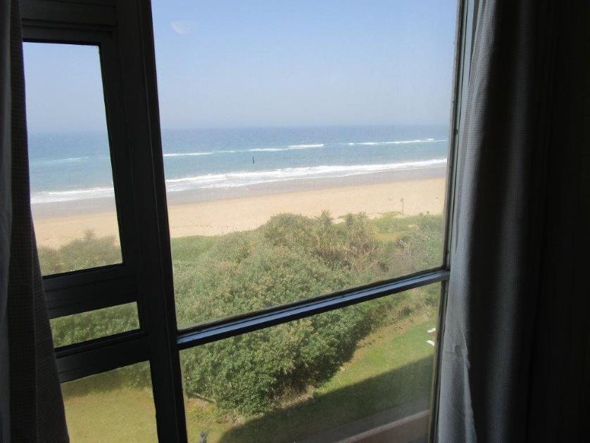 Flat-Apartment-standar_http://multimedia.persquare.co.za/s838x629_625287398-Amanzimtoti, eThekwini
