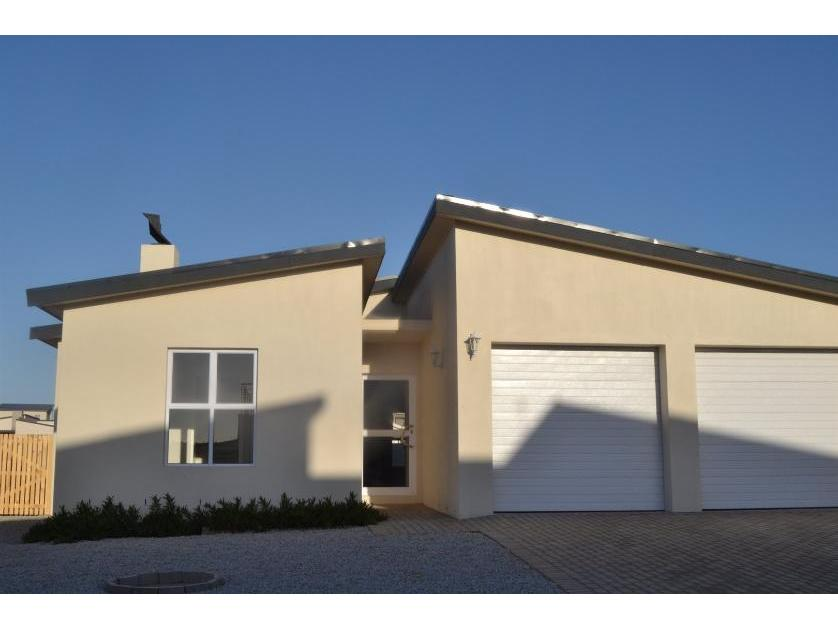 House-standar_http://multimedia.persquare.co.za/s838x629_638938666-Langebaan, Saldanha Bay