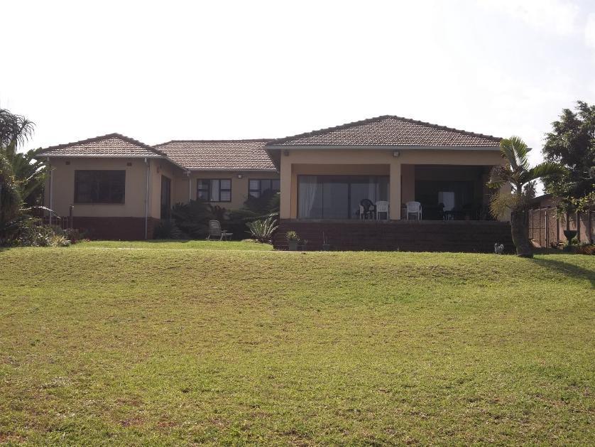 House-standar_http://multimedia.persquare.co.za/s838x629_82427655-Amanzimtoti, eThekwini