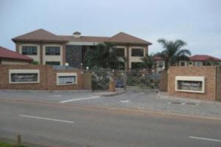 Office-standar_http://multimedia.persquare.co.za/s838x629_903839255-Roodepoort, City of Johannesburg